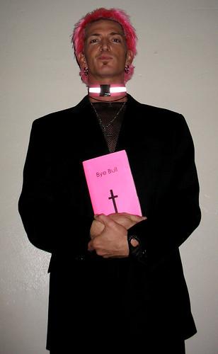 priest 005