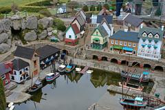 Southpool fishing village