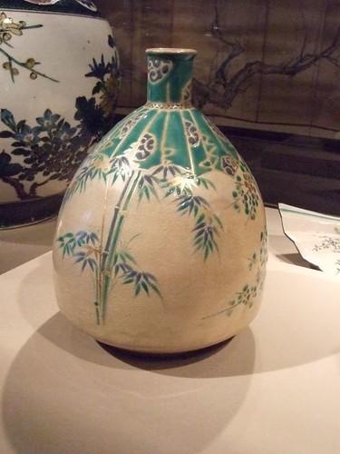 Egg-shaped bottle 1700-1800 Kyoto Japan Kiyomizu ware stoneware with polychrome enamel