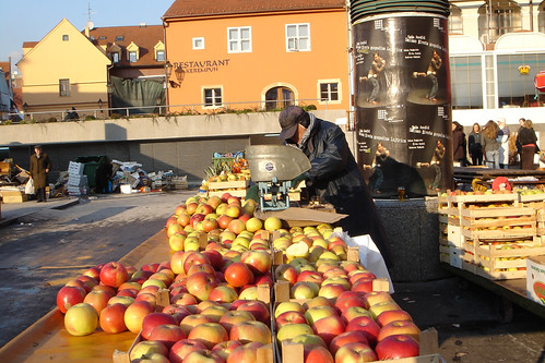 Apples. I think it starts with a J in Croatian.