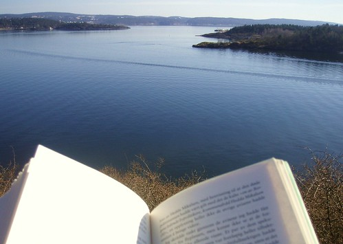easter reading in Norway