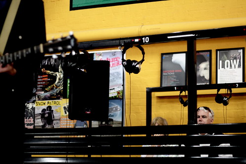 Marcus plays a solo instore at 78 Records in Perth, early 2007