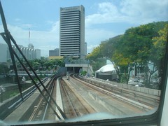 37.Kelana Jaya Line準備要轉入地下