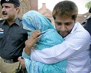Shumail & Shahzina - women lovers of Pakistan