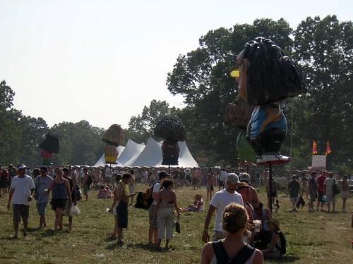 giant bobble heads