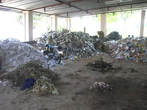 O lixo precisa ser separado nas Cooperativas