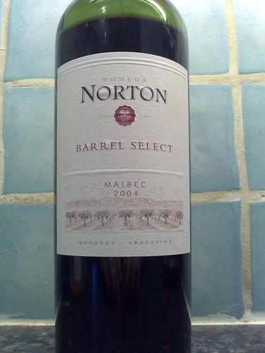 Bodega Norton Barrel Select Malbec 2004