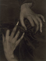 Hands and Thimble - Georgia O'Keeffe 1920