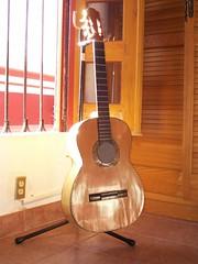 guitarra de Paracho vista lateral