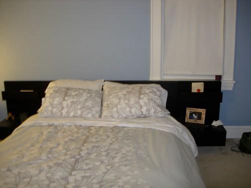 bedroomempty2.JPG