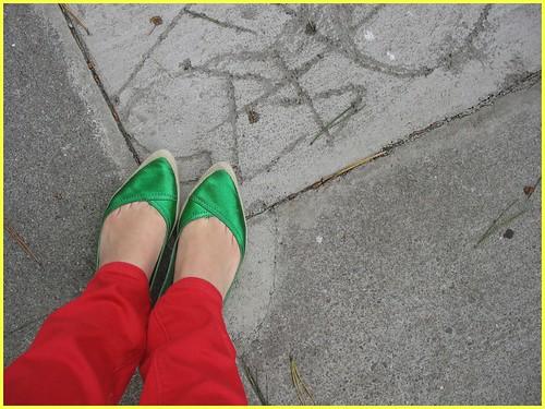 metallic green canvas shoeses
