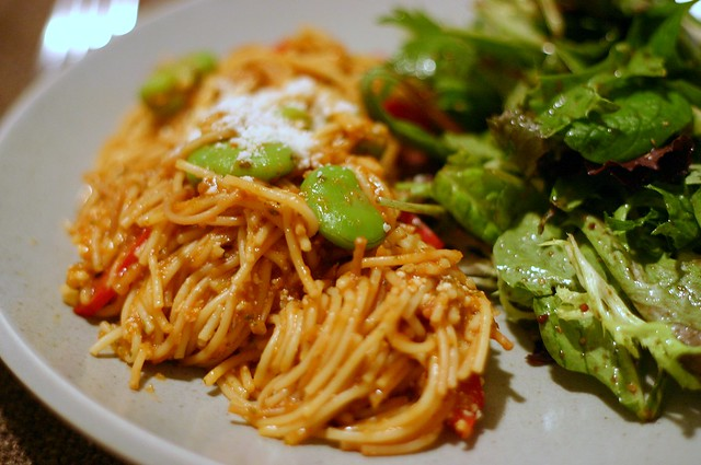 fideos with favas and red peppers