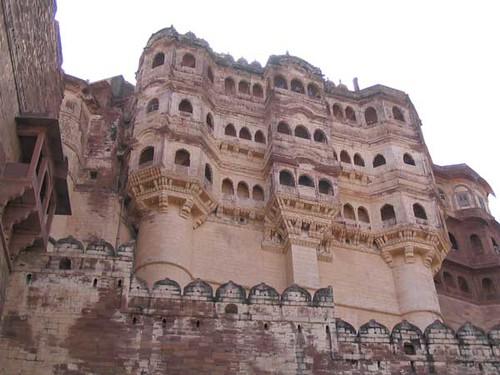 Mehrangarh - fort rising up