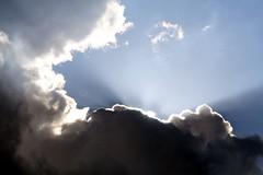 Nuvole_luce2