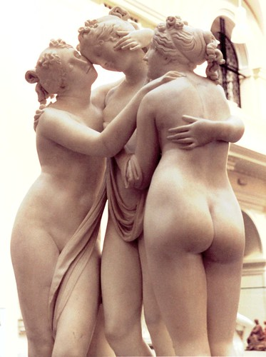 Canova's Three Graces at the V&A - front left view