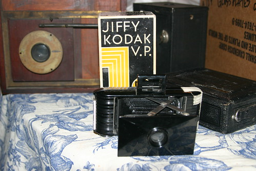 Jiffy Kodak Vest Pocket camera, penny frame camera in back