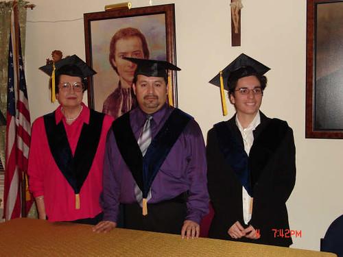 Graduación UTPL NewYork por UTPL VIA Comunicaciones.