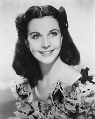 Vivien-Leigh_publicity_still_Gone-with-the-Wind
