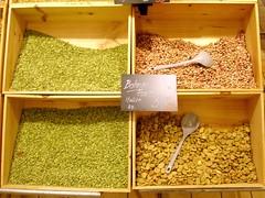 Bohnenauslage im Warenhaus