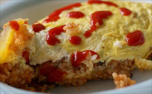 egg rice/ 蛋包飯