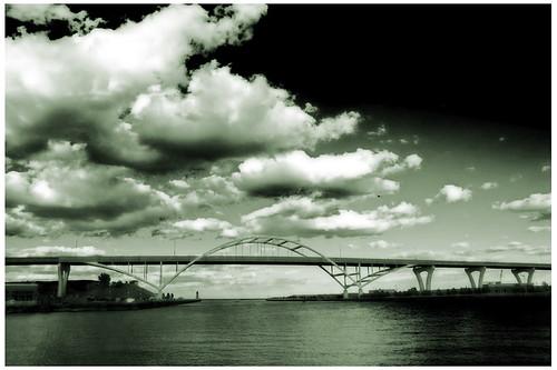 Bridge Milwaukee IR2