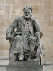 Victor Hugo statue at the Sorbonne