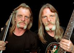 Lipfird Twins