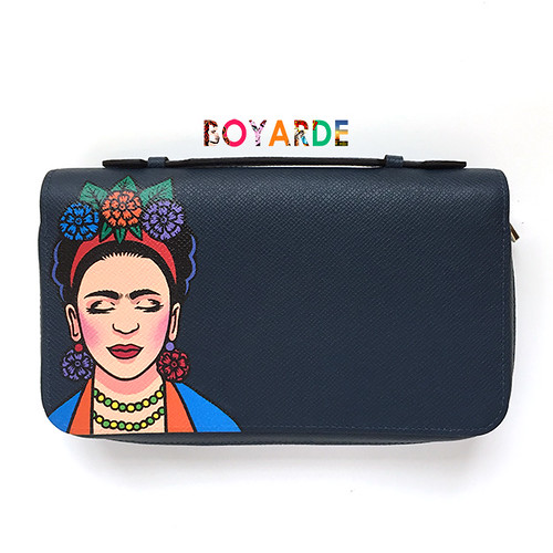 Frida Louis Vuitton clutch 4 copy
