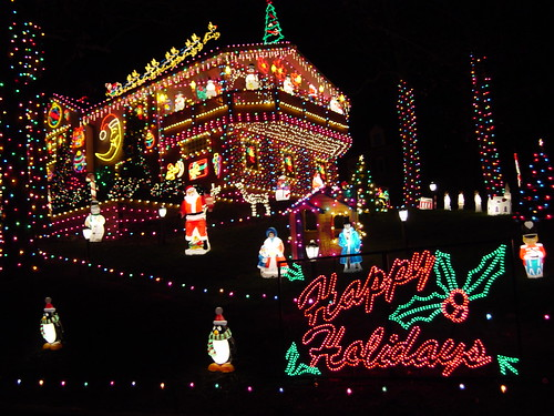 Christmas Outdoor Decorations , Displays & Lights Manufactured by Christmas