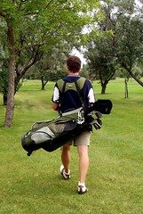 Golf, walking golf, carrying golf clubs, self-caddy,