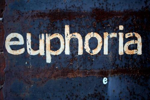 euphoria by niznoz.