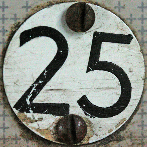 seat number 25 by Leo Reynolds.