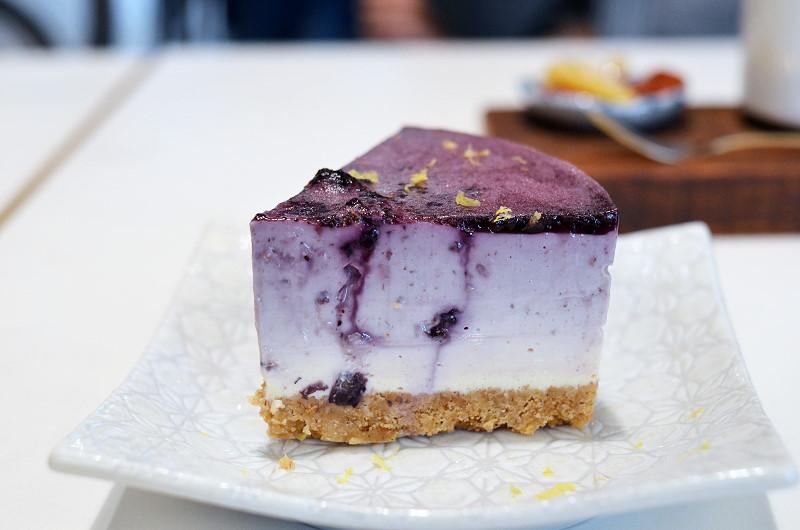 自己的房間/咖啡 生乳酪蛋糕‧臺南 - pepe 的意思 意私 意識