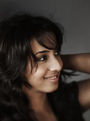 South Actress SANJJANAA Unedited Hot Exclusive Sexy Photos Set-15 (30)