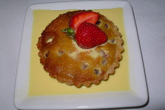 Riberry frangipan – lemon myrtle crème anglaise