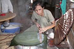 making rice paper - 2