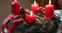 """Der Adventskranz. Die Adventskränze. Am Sonntag, dem 11. Dezember 2016 dürfen wir die dritte Kerze anzünden. • <a style=""""font-size:0.8em;"""" href=""""http://www.flickr.com/photos/42554185@N00/31391010402/"""" target=""""_blank"""">View on Flickr</a>"""
