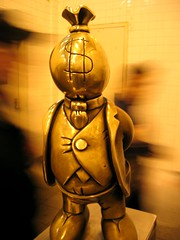 NYC Subway sculpture - Moneybags