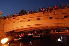 Audience on Exchange St. Bridge