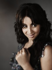 South Actress SANJJANAA Unedited Hot Exclusive Sexy Photos Set-15 (25)
