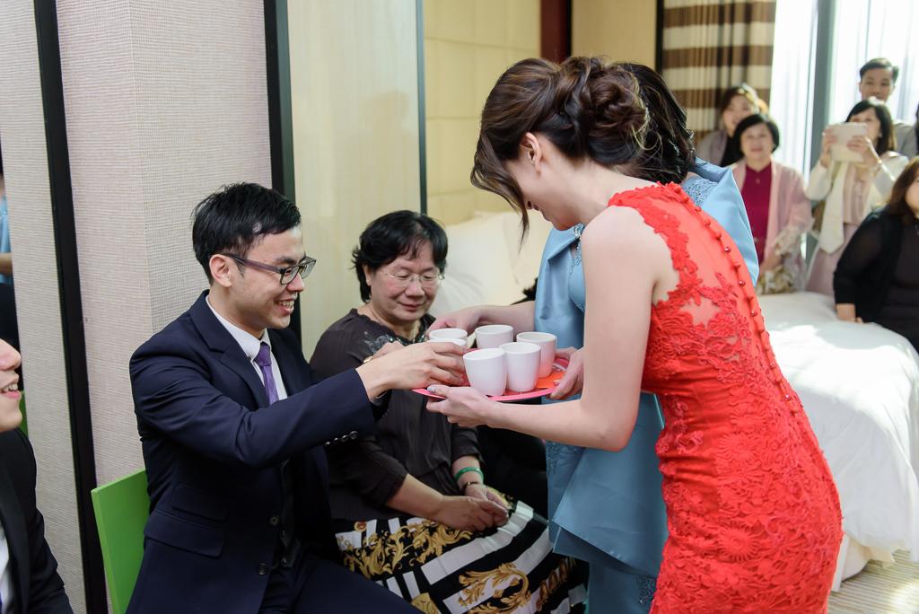 Wedding day-0011 ,僑園婚攝,台中僑園,僑園婚宴,新秘Alice ,婚攝小勇,台北婚攝, 小淑造型團隊