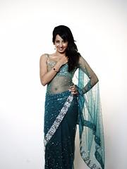 South Actress SANJJANAA Unedited Hot Exclusive Sexy Photos Set-18 (22)