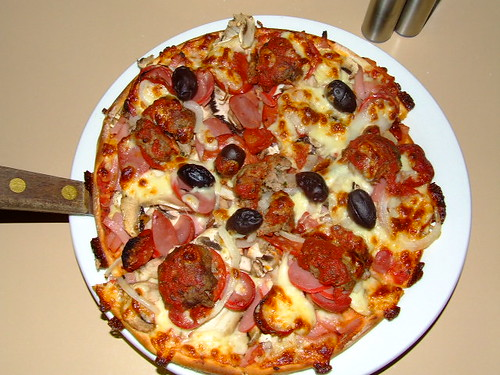 ciao pizza with meatballs by you.
