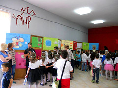Kids visiting the Exhibition We Want Peace