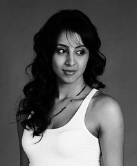 South Actress SANJJANAA Unedited Hot Exclusive Sexy Photos Set-15 (37)