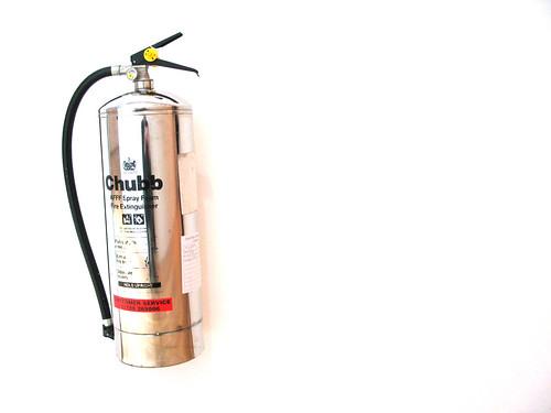 Floating extinguisher
