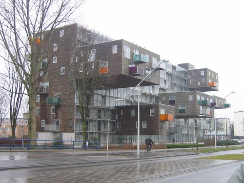 cantilever buildings in netherlands