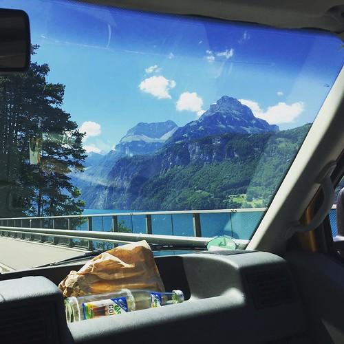 Ab in den #Süden!  #kleetrip @ #Schweiz #Uri #vierwaldstättersee #See