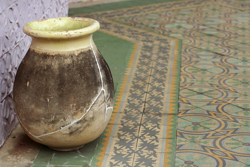 Cracked pot by mirsasha, on Flickr