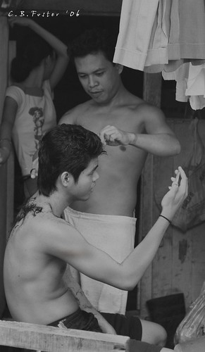 haircut at Baseco Tondo Pinoy Filipino Pilipino Buhay  people pictures photos life Philippinen  菲律宾  菲律賓  필리핀(공화�) Philippines